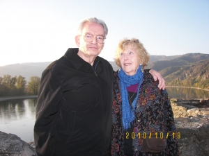 Ron and Esther Sundelin overlooking the Danube at Durnstein, Austria.