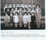 Kindergarten Prairie School 1944/45  submitted by Roger Pulley